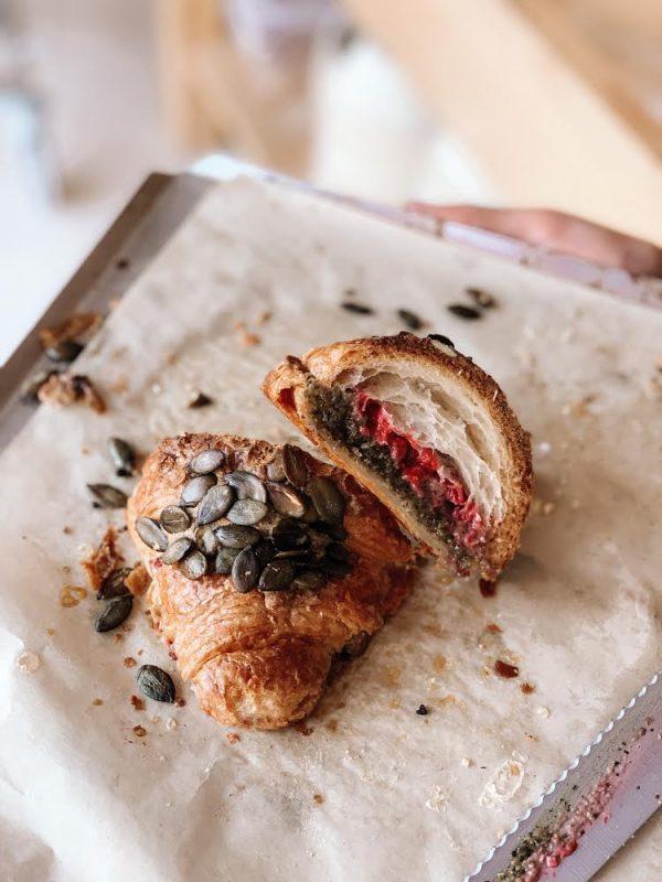 Podwójnie zapiekany croissant