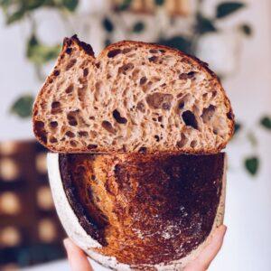 świeżo-upieczona-chleb-pszenny